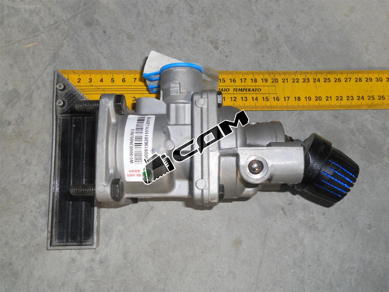 Кран тормозной главный (подпедальный) Евро 3 HOWO  WG9000360530